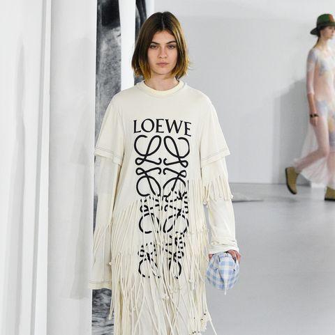 Loewe : Runway - Paris  Fashion Week Womenswear Spring/Summer 2018