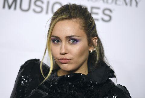 Miley Cyrus,Miley Cyrus y Liam Hemsworth