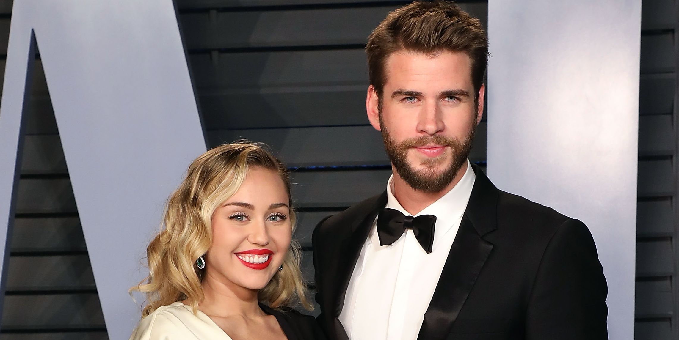 miley cyrus liam hemsworth oscars party
