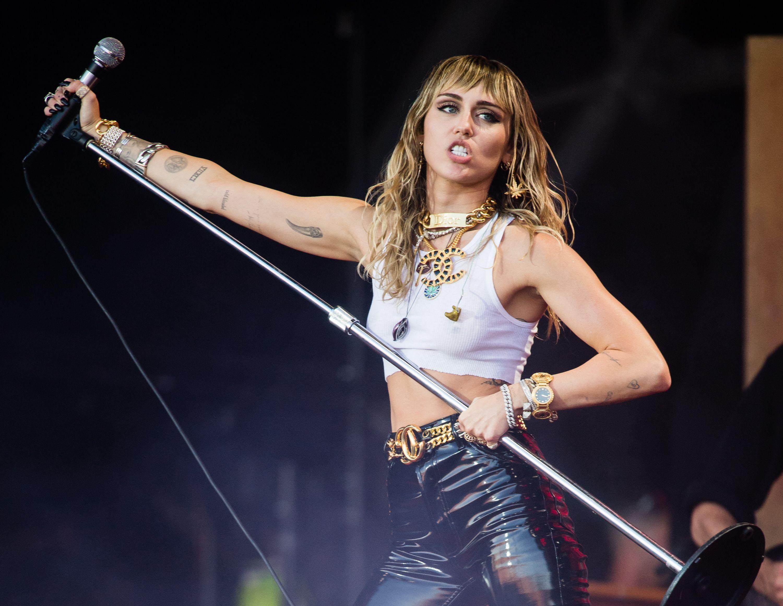 Miley Cirus revela que la echaron de 'Hotel Transylvania'