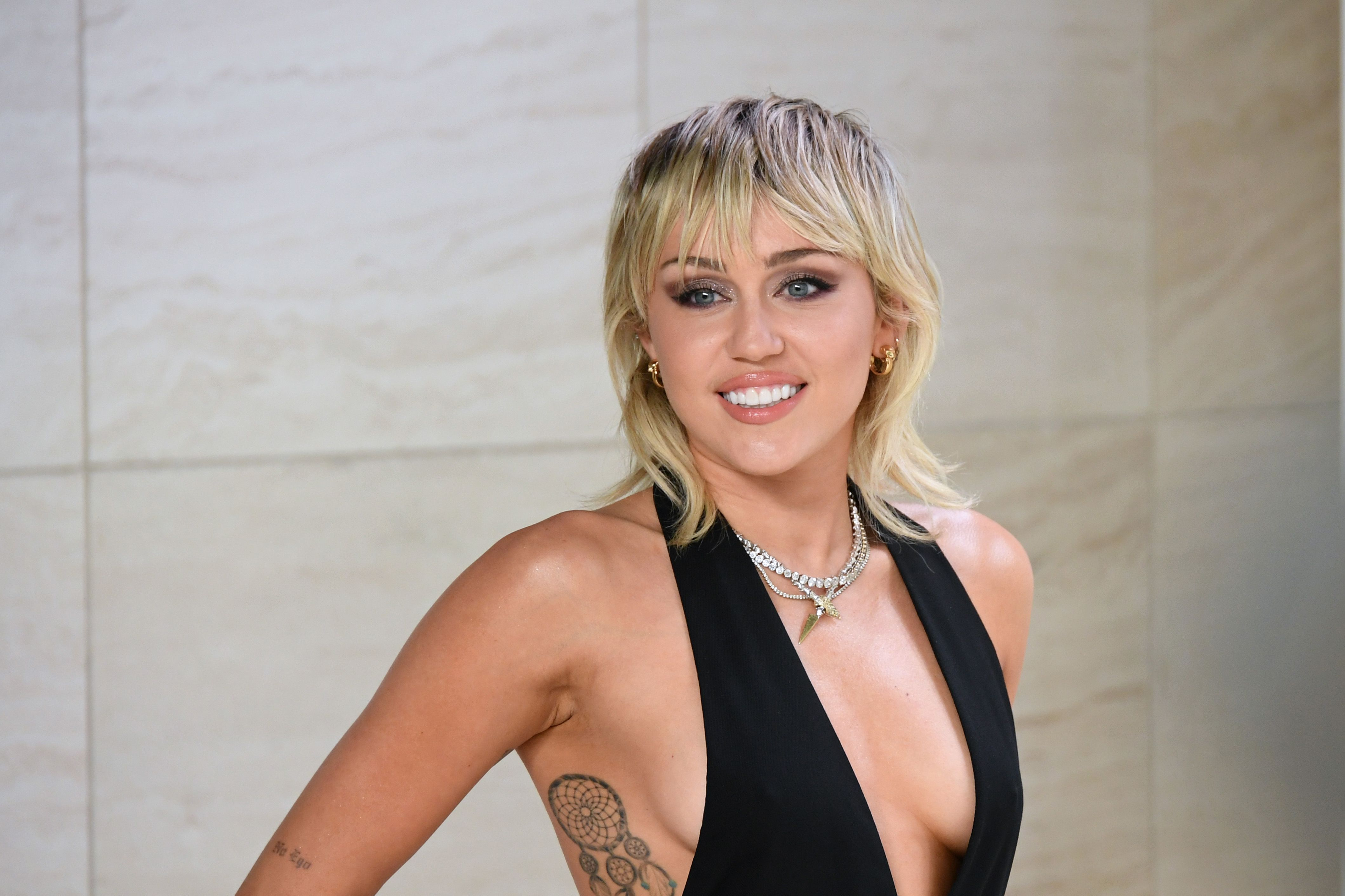 Miley Cyrus Just Cut Her Mullet Even Shorter