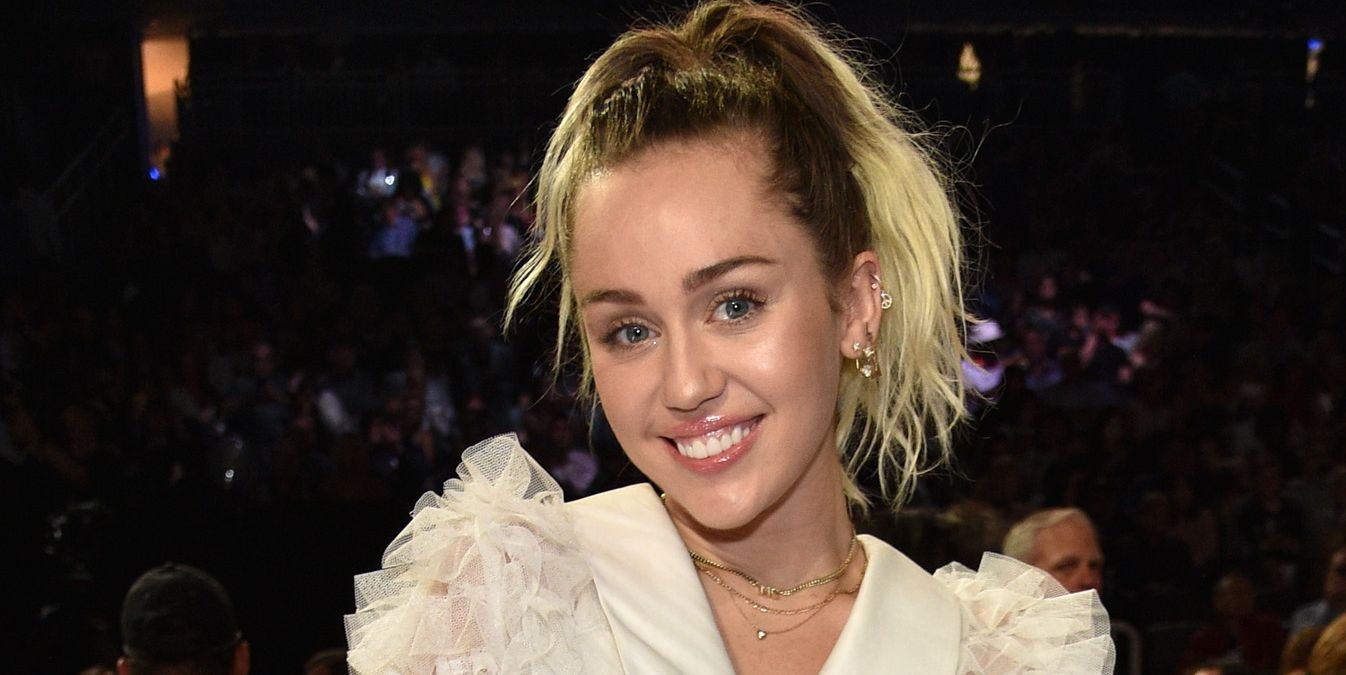 Miley Cyrus Explains Why She Pulled Out of the Teen Choice Awards at the Last Minute