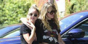 Kaitlynn Carter, Miley Cyrus, Miley Cyrus y Kaitlynn Carter, Miley Cyrus novia, Miley Cyrus Liam Hemsworth