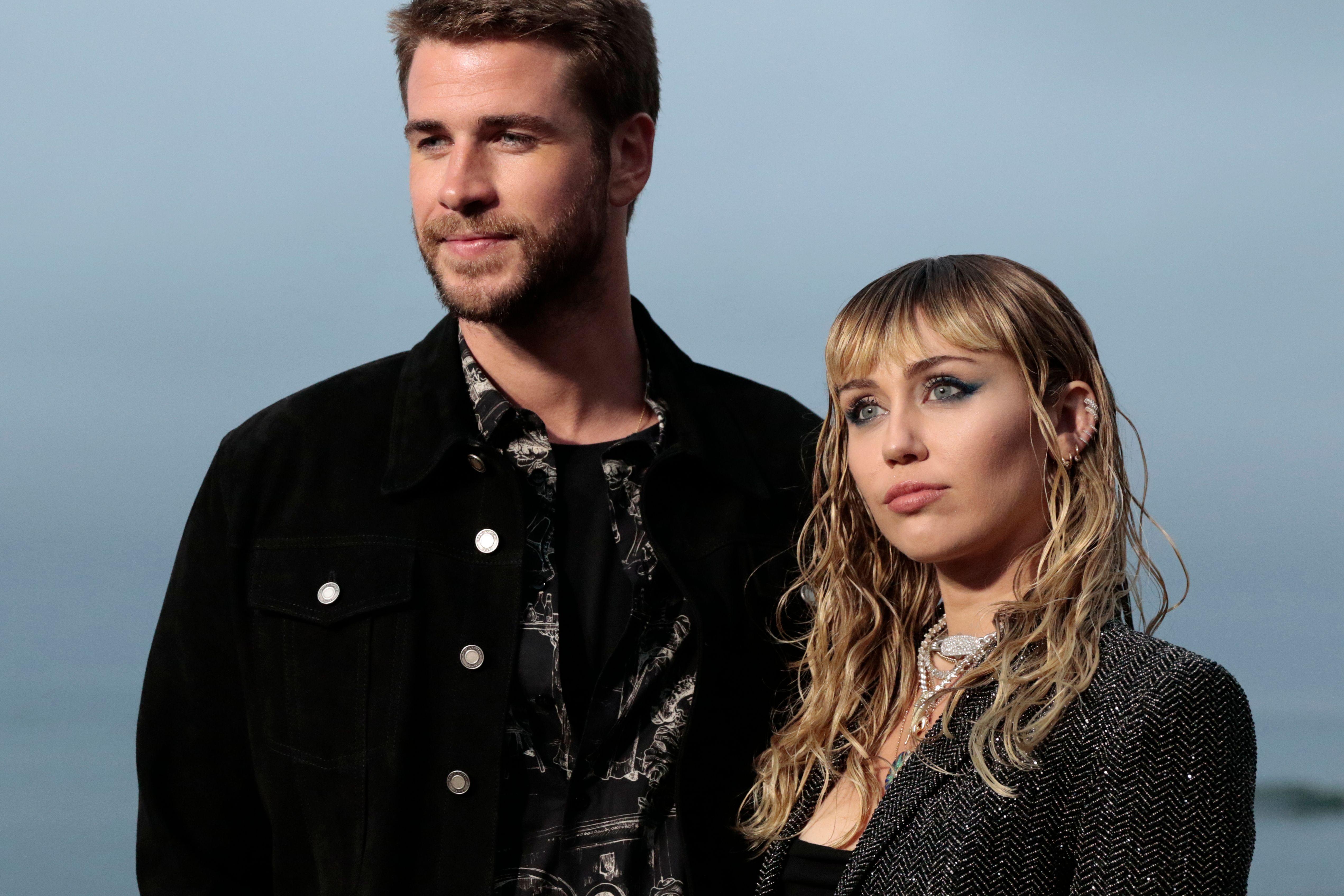 Así suena 'Slide Away', la canción que Miley Cyrus le dedica a Liam Hemsworth tras su ruptura