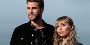 Liam Hemsworth y Miley Cyrus, en una foto de archivo.