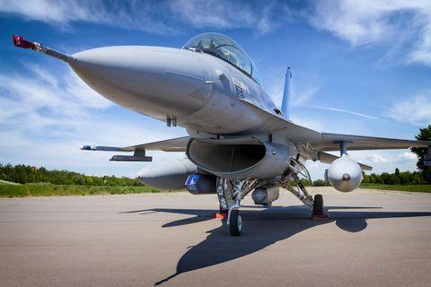 Military jet aircraft F-16