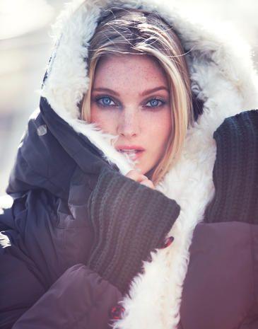 Face, Lip, Eyebrow, Textile, Winter, Beauty, Eyelash, Fashion model, Fur, Model,