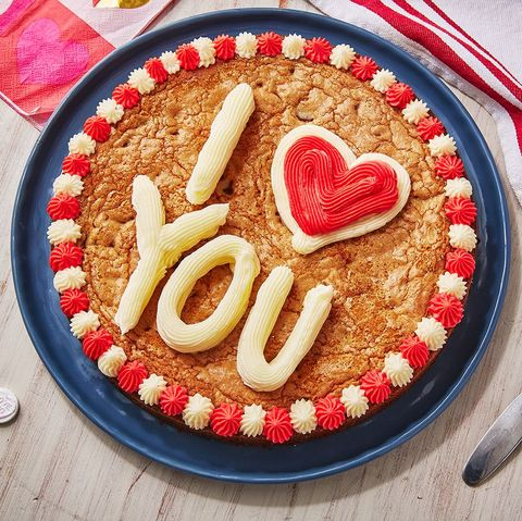 Brilliant Millies Cookies Recipe How To Make A Giant Millies Cookie Personalised Birthday Cards Veneteletsinfo
