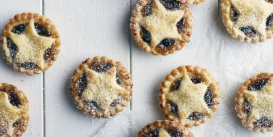 Freshly baked mince pies, overhead view