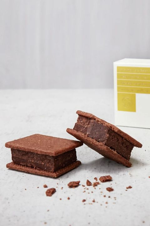 Food, Chocolate brownie, Chocolate, Snack cake, Dessert, Cuisine, Fudge, Dish, Baked goods, Flourless chocolate cake,