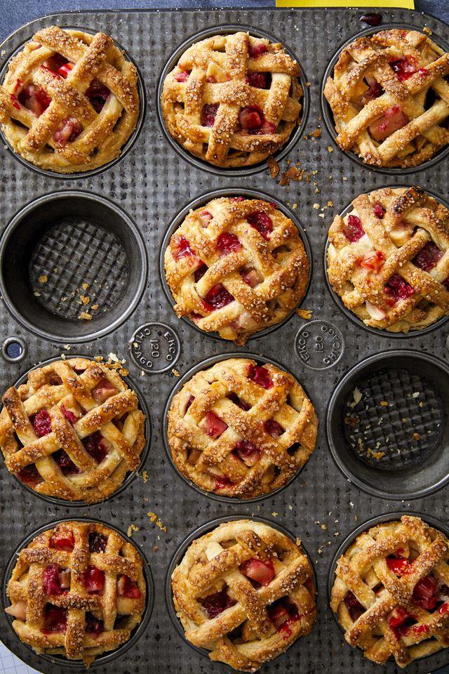 mini raspberry apple pies
