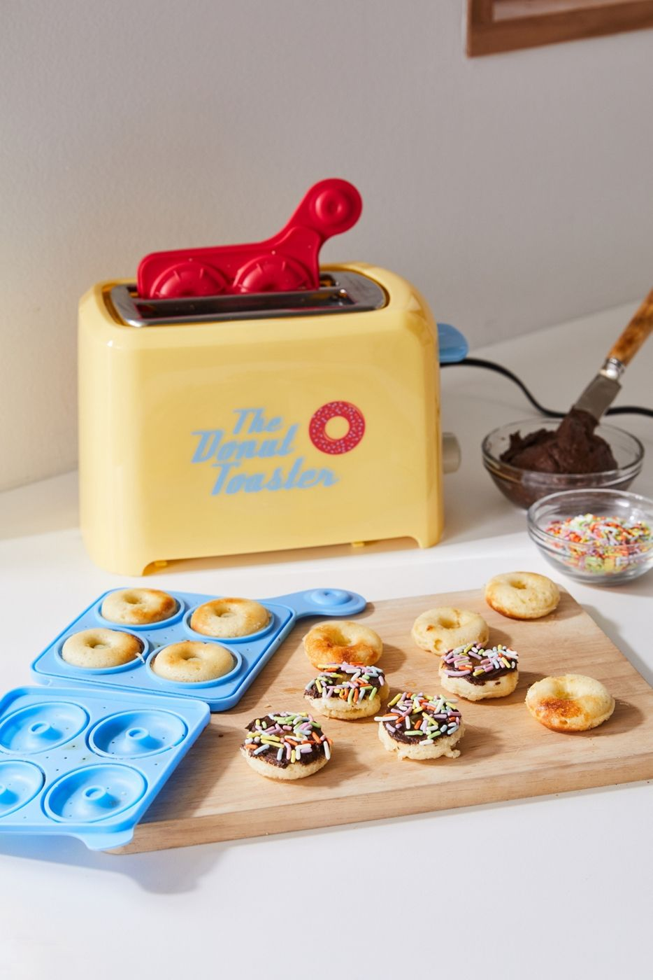 You Can Now Buy a Toaster That Makes Mini Donuts Instead of Toast