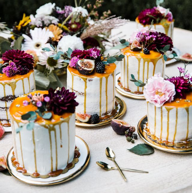 mini fall wedding cakes