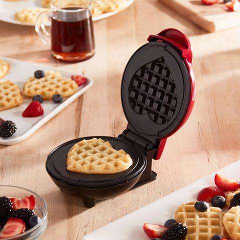 Food, Waffle, Dish, Breakfast, Cuisine, Belgian waffle, Kitchen appliance, Meal, Dessert, Ingredient,