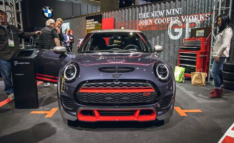 Land vehicle, Vehicle, Car, Motor vehicle, Auto show, Mini, Automotive design, Mini cooper, Performance car, City car,