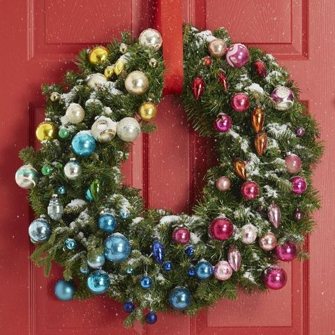 rainbow mini ornaments, diy christmas wreath ideas