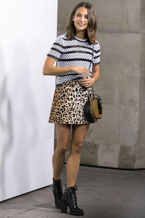 Curvy Mature In Black Mini Skirt - Group-5514