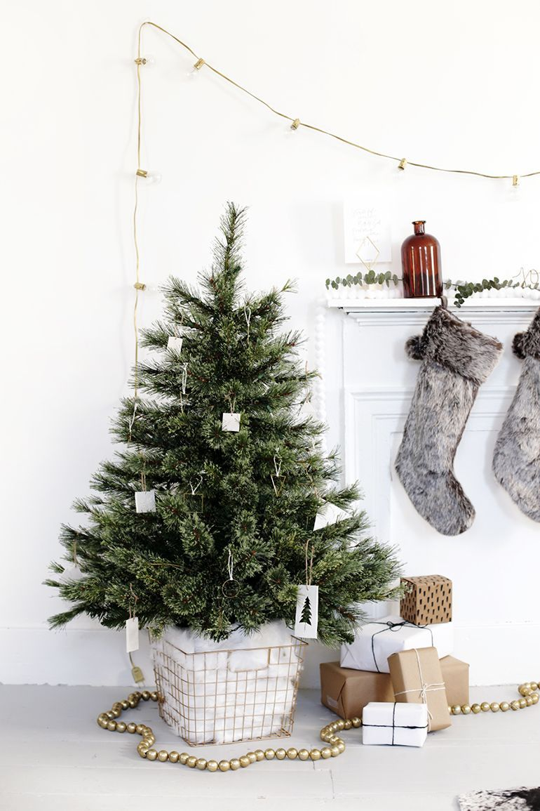 15 Best Diy Christmas Tree Stand Ideas 2020 Homemade Christmas Tree Stand