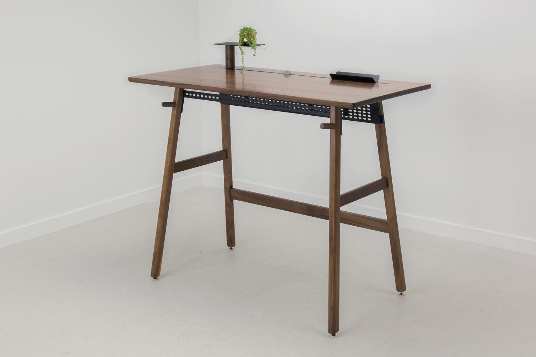 & Minimalist Desk - Minimalist Furniture