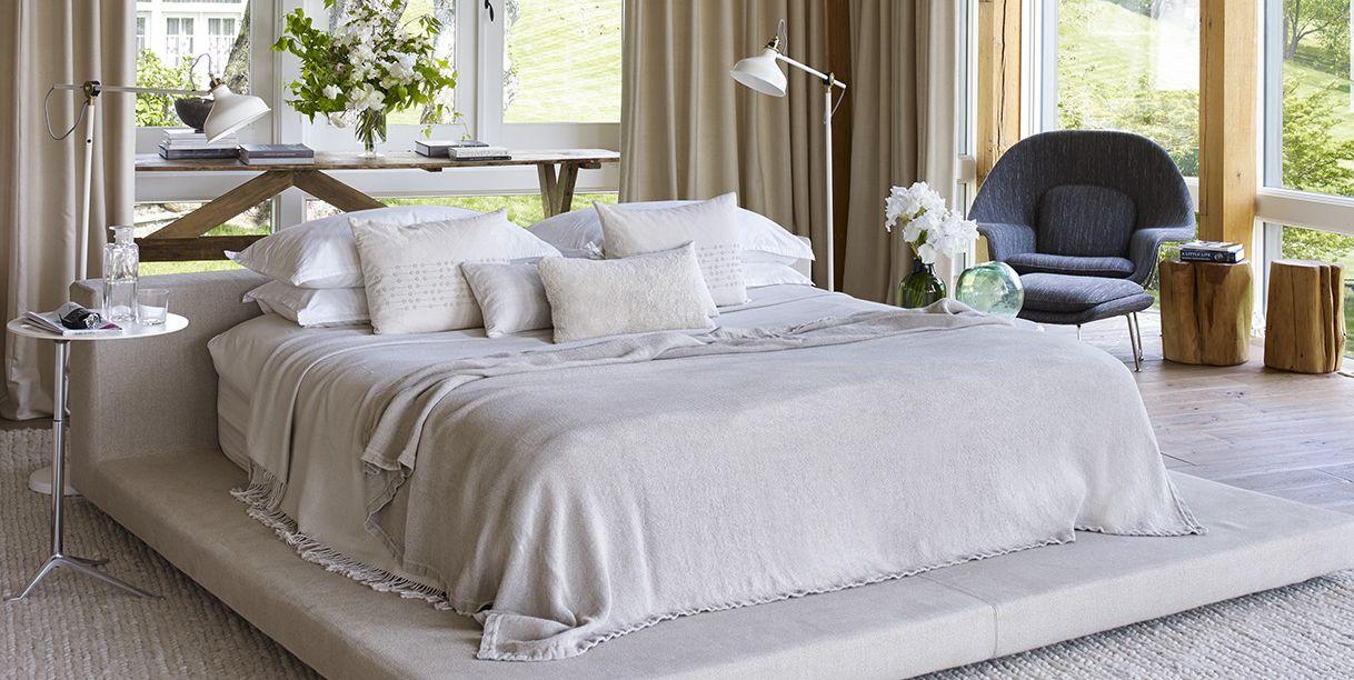 25 Chic And Serene Green Bedroom Ideas: 25 Minimalist Bedroom Decor Ideas