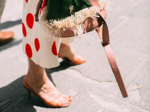 Human leg, Leg, Red, Footwear, Joint, Pink, Knee, Shoe, Ankle, Foot,