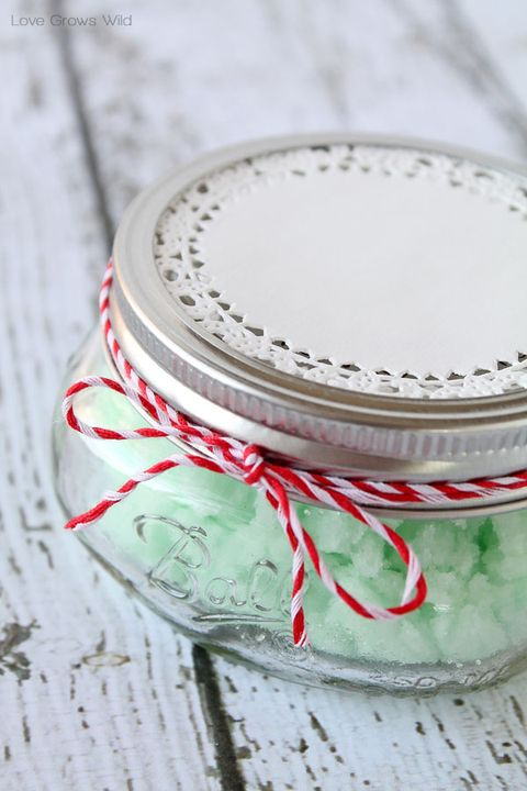 mint sugar scrub diy christmas gifts
