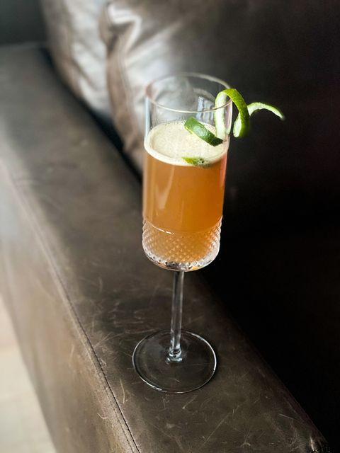 honey cocktail drink