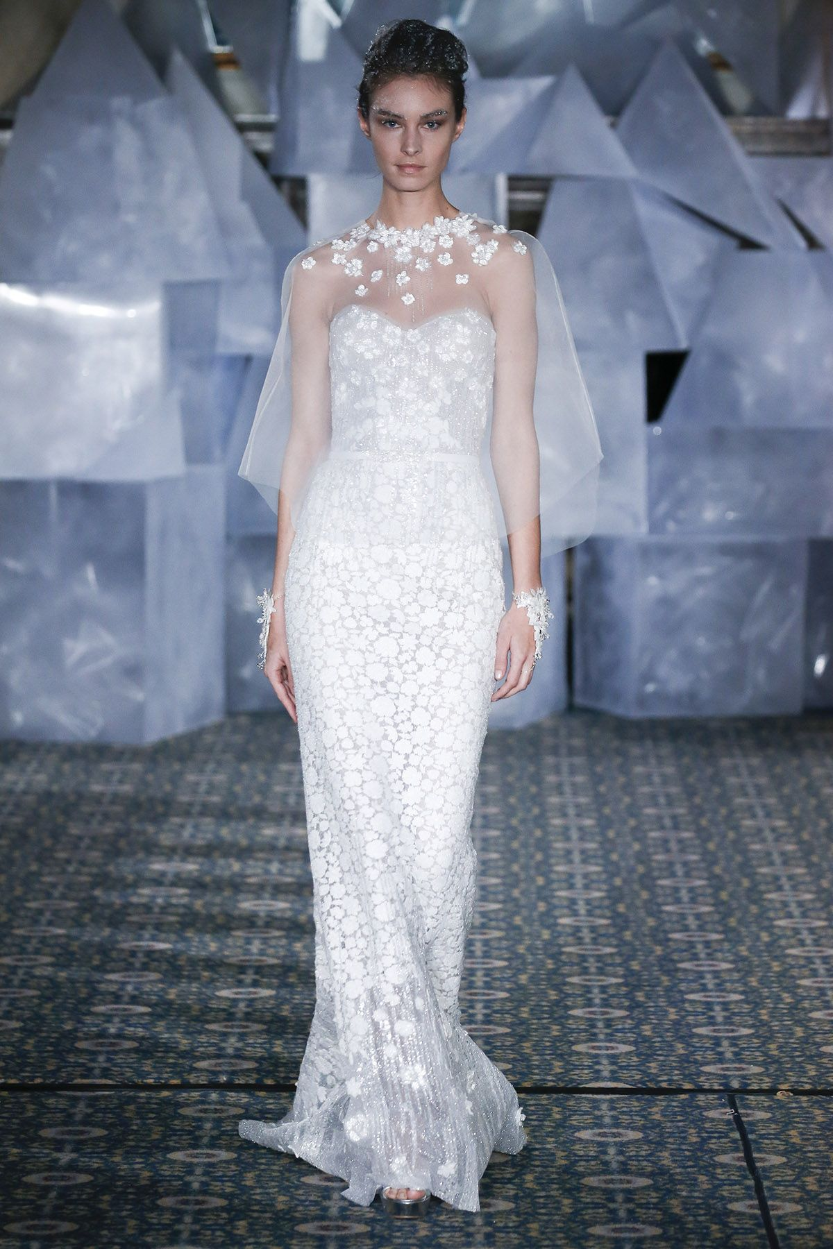 0eefbae7bc42 The Best Spring Bridal Trends of 2019 - Spring Bridal Fashion Week Photos