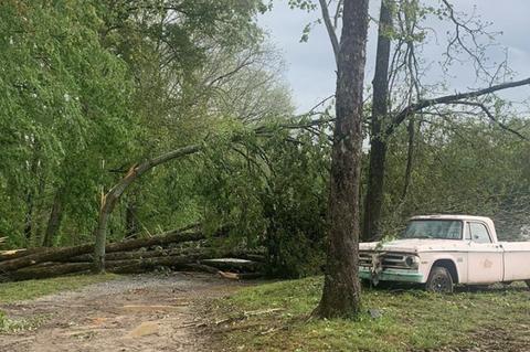 miranda lambert shares storm damage on farm