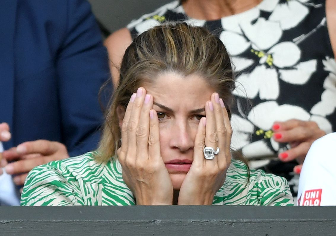 The Best Twitter Reactions To Mirka Federer's Engagement Ring