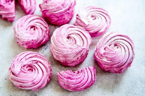 Pink, Food, Meringue, Buttercream, Cuisine, Rose, Plant, persian buttercup, Ingredient, Icing,