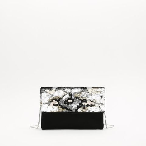 White, Wallet, Fashion accessory, Rectangle, Leather, Black-and-white,