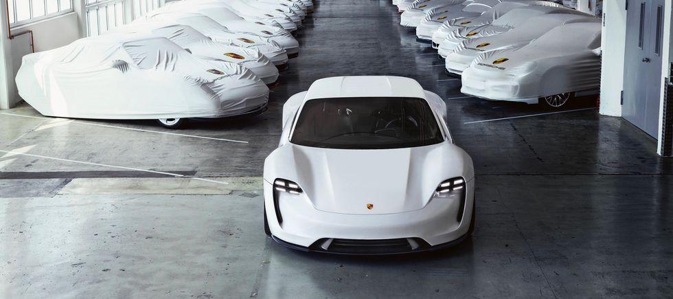 Porsche Taycan Photos Amp News What To Know About Porsche