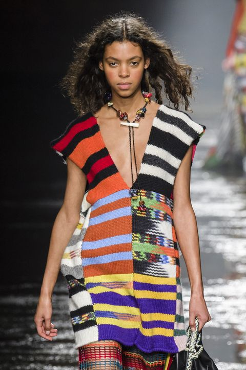Fashion model, Fashion show, Fashion, Runway, Clothing, Fashion design, Yellow, Summer, Model, Spring,