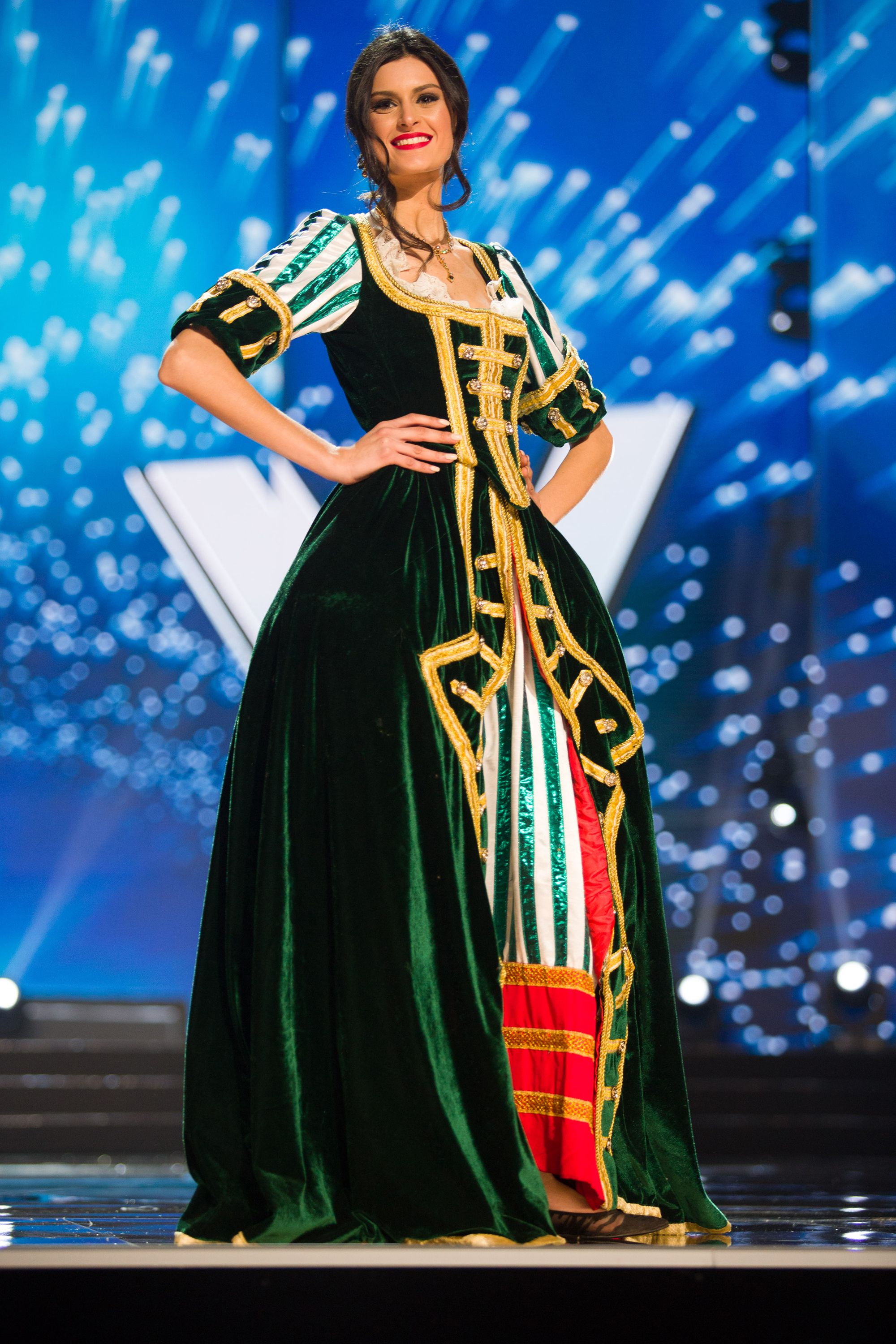 4d0e5f30c See All the Crazy Amazing 2017 Miss Universe National Costumes