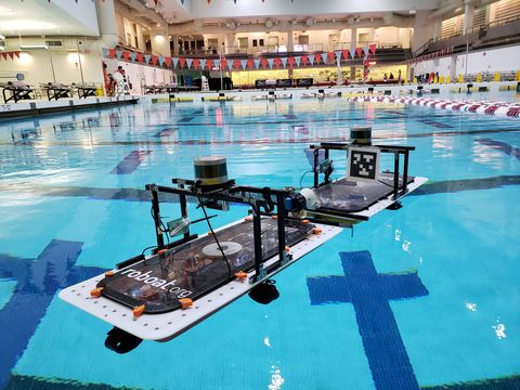 Swimming pool, Leisure centre, Leisure, Swimming, Recreation, Sport venue, Games, Individual sports, Building, Swimmer,