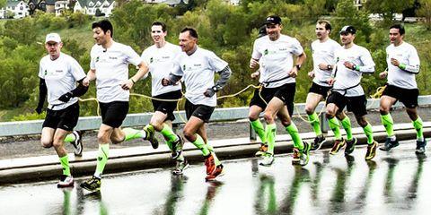 Guinness record for 10-man linked marathon in Calgary. (Photo: Neil Zeller Photography)