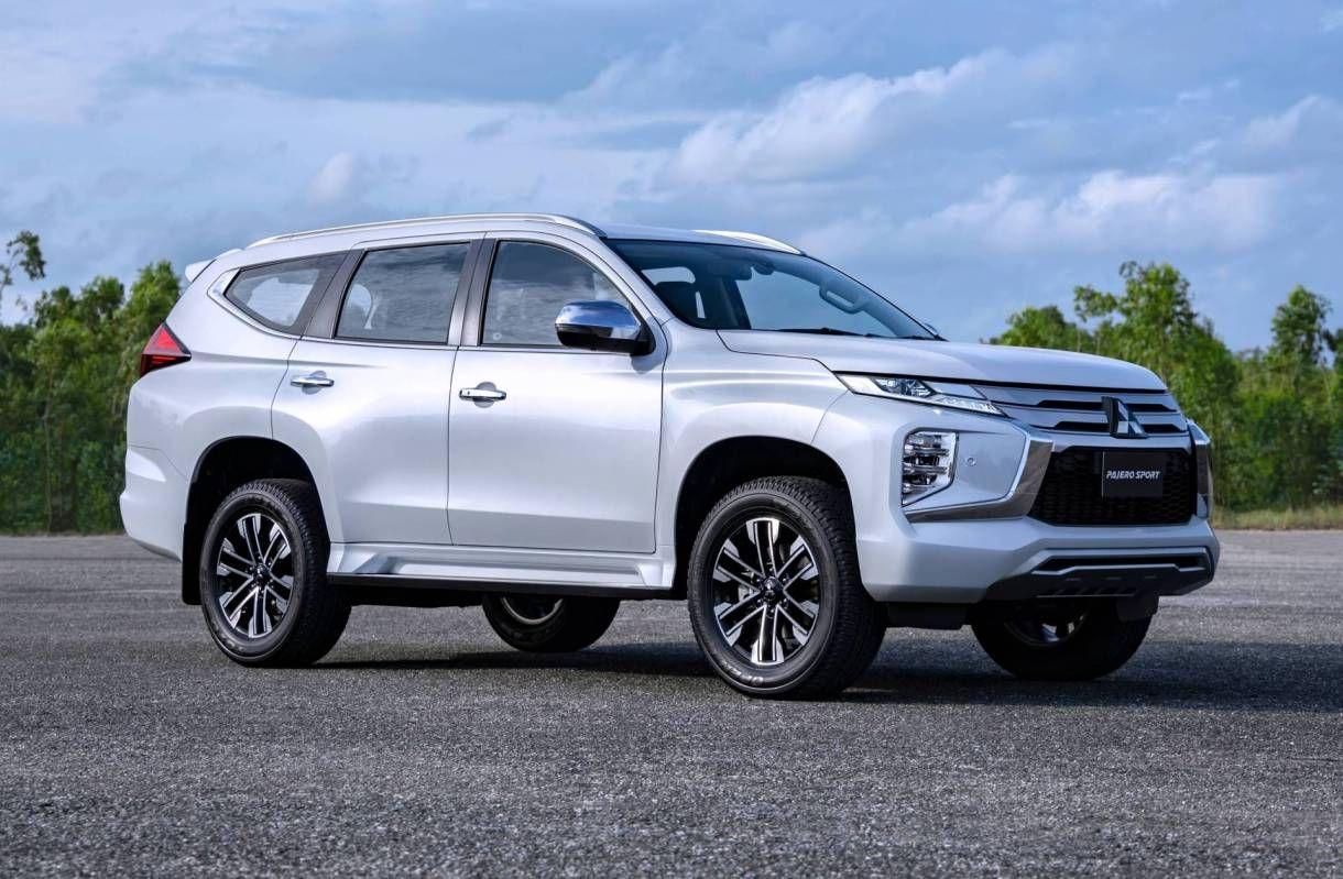 2021 Mitsubishi Montero Sport Pictures