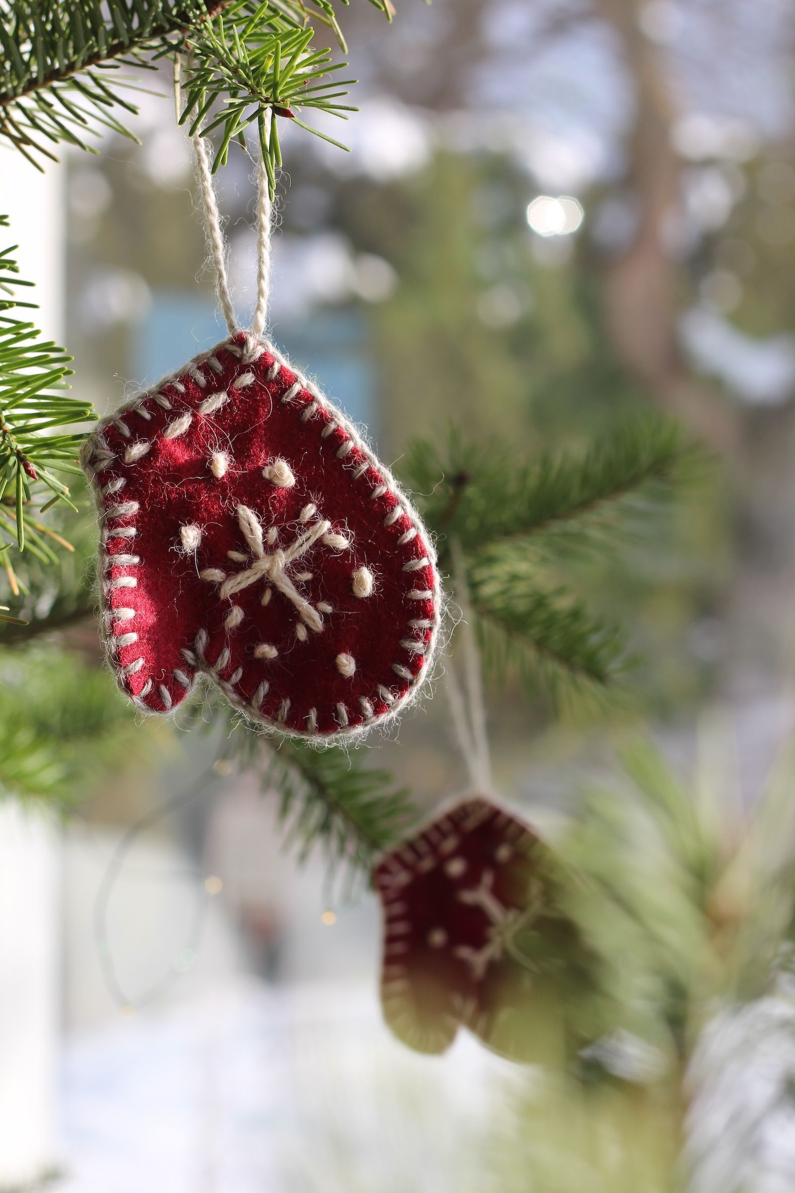 20 DIY Christmas Ornament Ideas   Best Homemade Christmas Tree ...