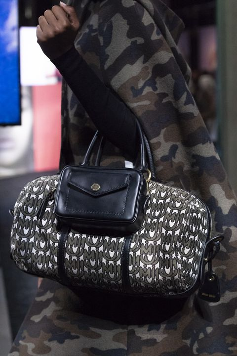 AW19 bag trends...</p>           <footer class=