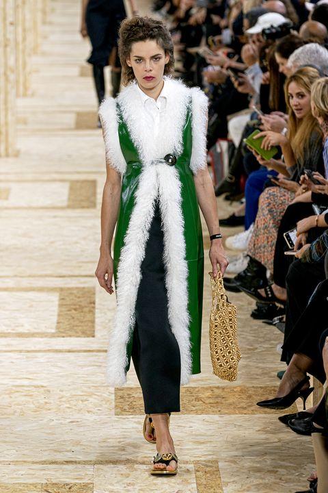 Fashion model, Fashion, Fashion show, Runway, White, Clothing, Haute couture, Fur, Dress, Event,