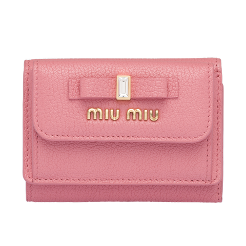 Pink, Wallet, Fashion accessory, Coin purse, Magenta, Material property, Rectangle, Leather, Handbag, Bag,