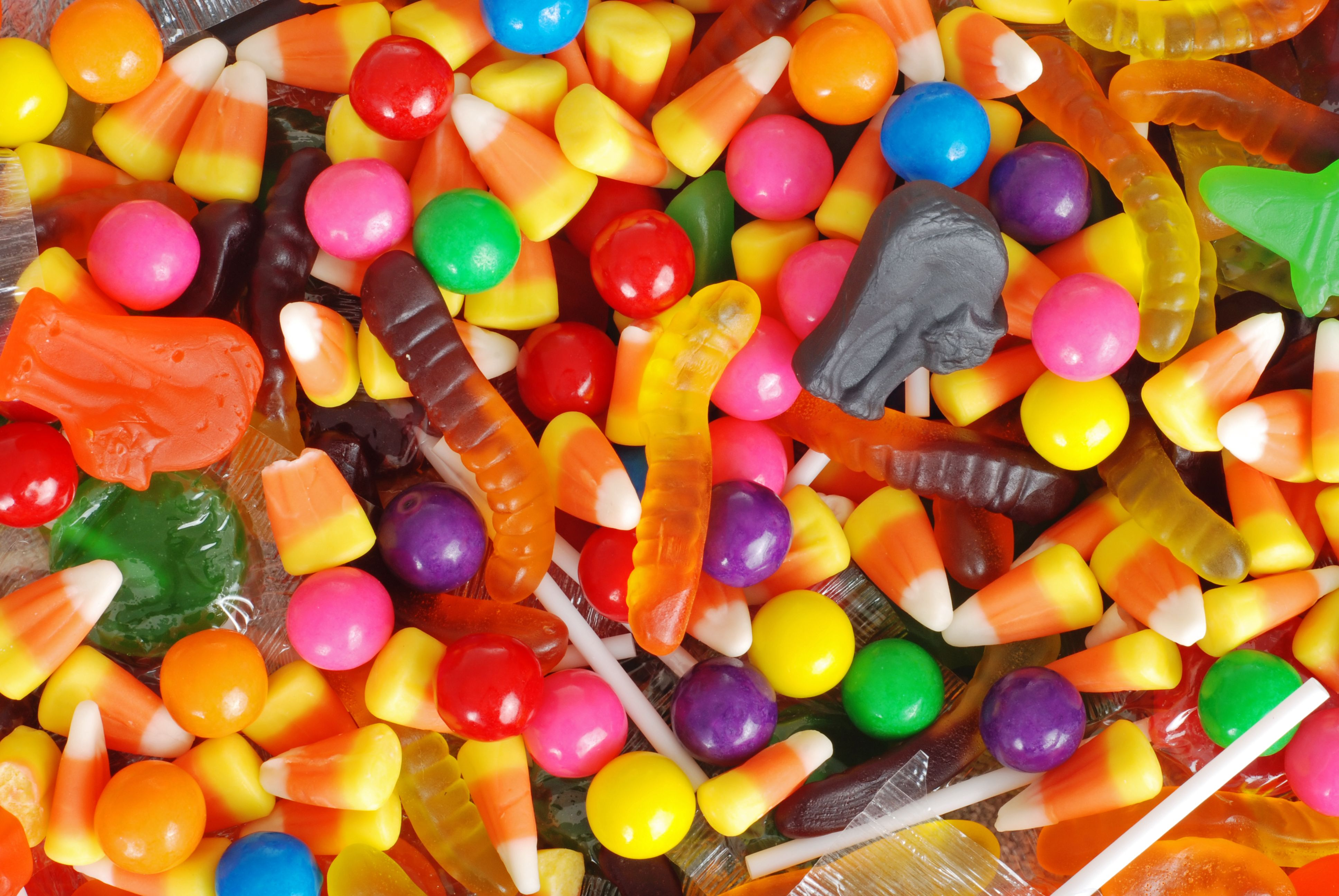 The Best Halloween Candy When You Want to Make Healthier Choices
