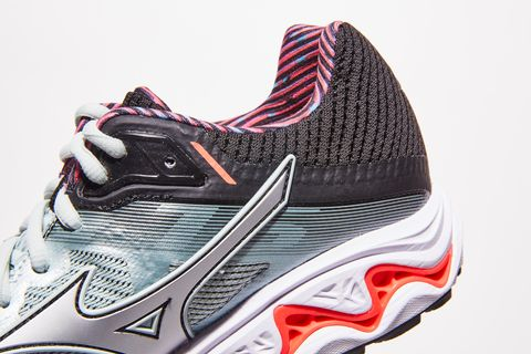 7b8eed89ffd Mizuno Wave Inspire 15 Review