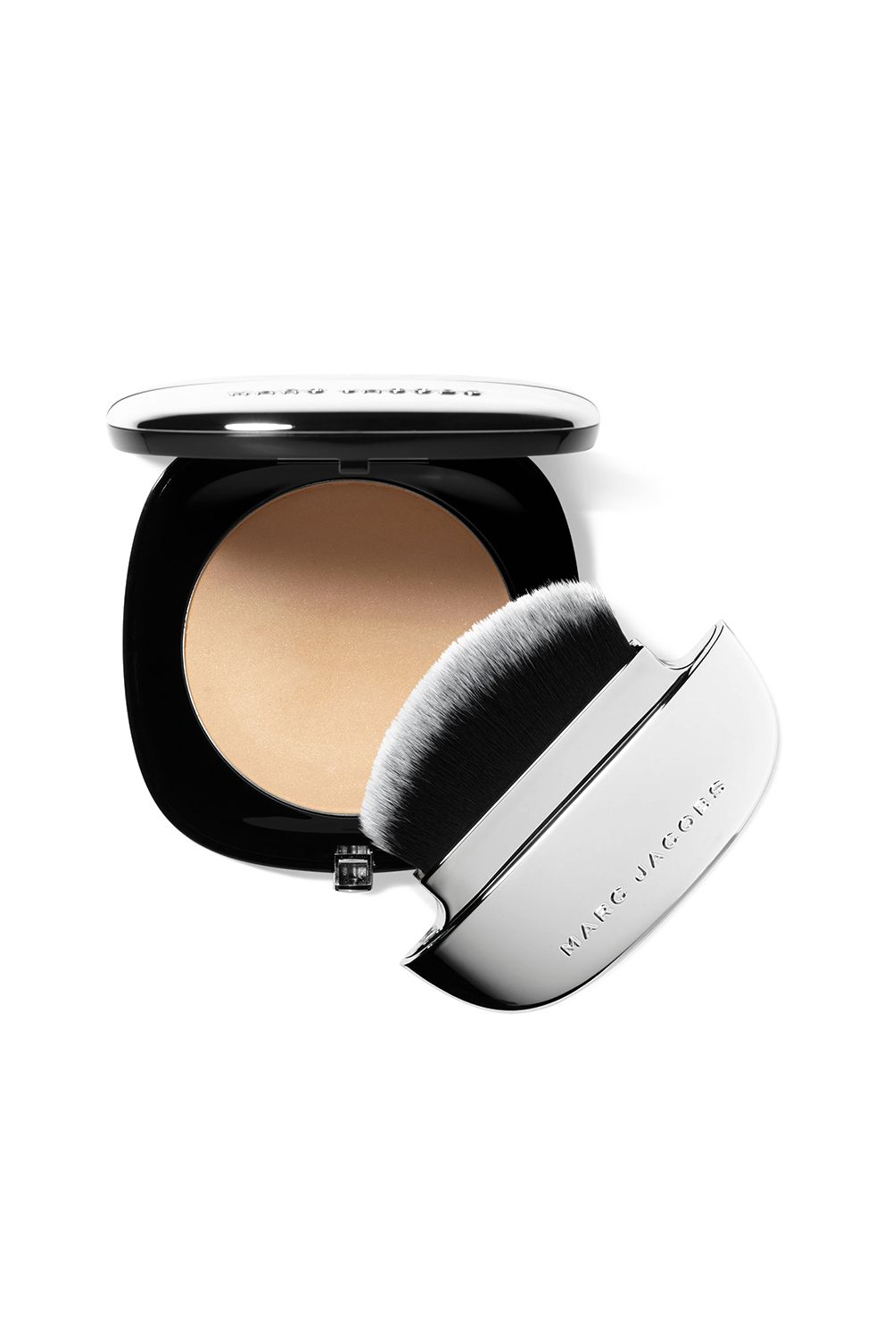 This Magical Blurring Powder Marc Jacobs Beauty Accomplice Instant Blurring Beauty Powder, $49 SHOP IT Ever since celebrity makeup artist Nam Vo demonstrated the magic of this blurring powder on my skin, I've been telling the whole world about it. So, it's your turn to hear me rave about this now: This pearl pigment-infused powder will control shine, blur your imperfections, and give your skin the most insanely-amazing glow.