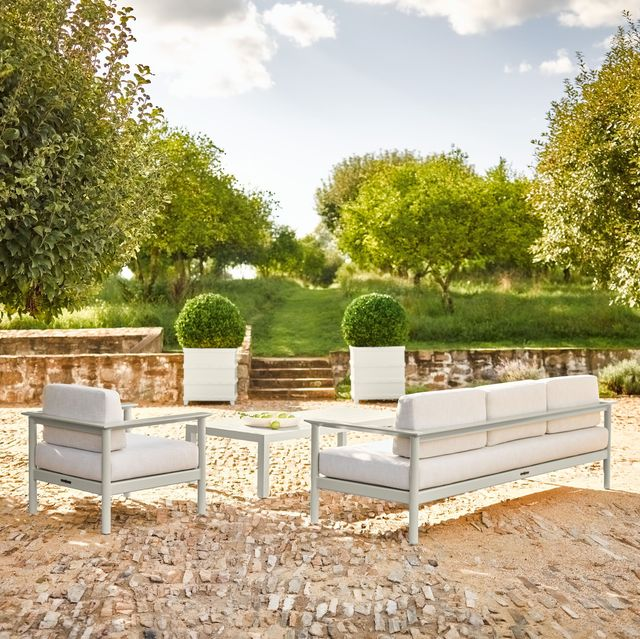 mckinnon and harris outdoor furniture