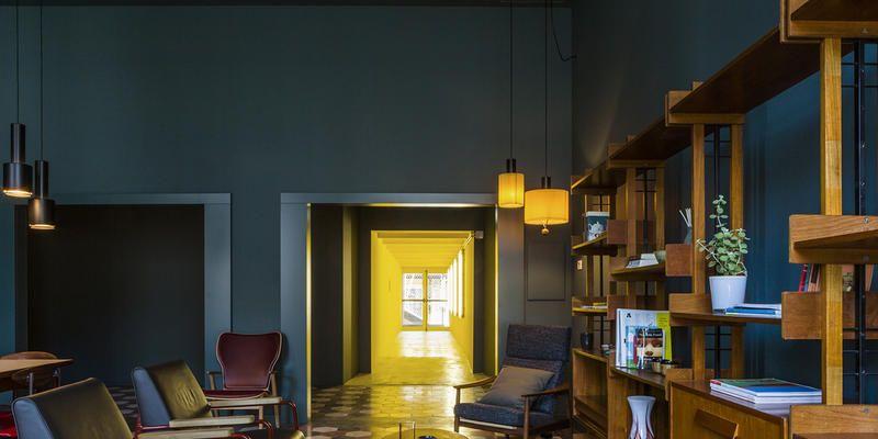 Mobili vintage per casabase il nuovo design hostel di milano for Design hostel milano