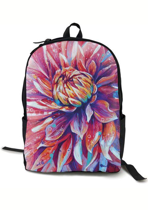 El estampado floral es tendencia cada primavera, por eso seleccionamos prendas y complementos con flores para que triunfes esta temporada.