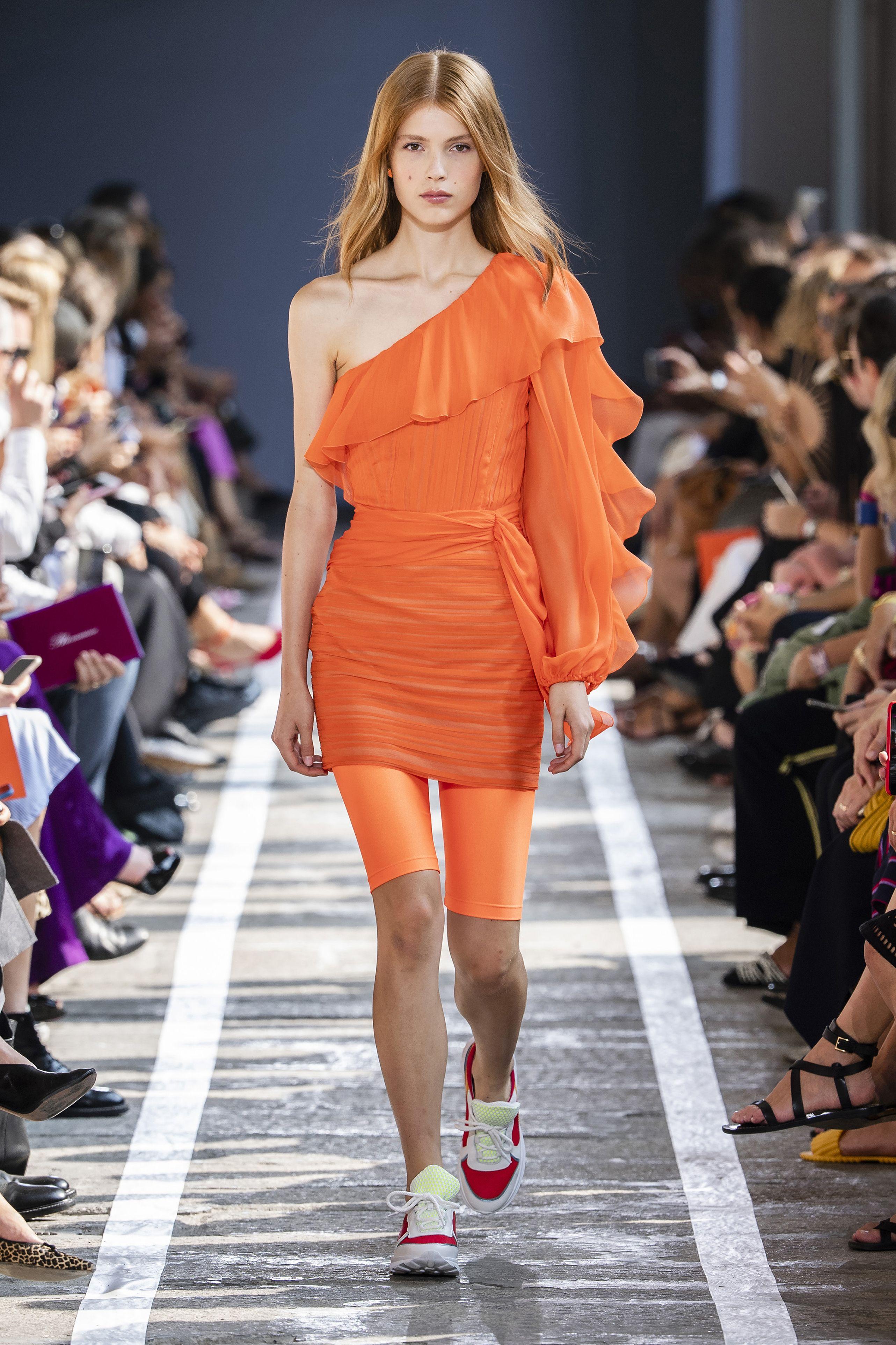 moda-2019-colore-arancione-blumarine