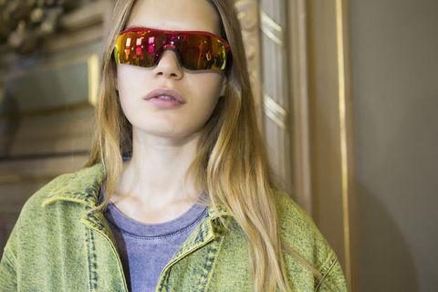 Eyewear, Hair, Face, Glasses, Sunglasses, Lip, Cool, Green, Beauty, Yellow,